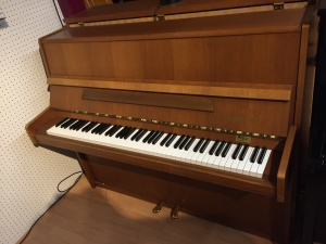 magasin piano villeneuve - piano burger jacobi - piano occasion