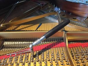 accordage de piano - accordeur piano - accorder piano - suisse romande - steinway - Lausanne -