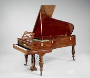 Piano pleyel - piano occasion - piano suisse - accordeur piano lausanne - acordeur piano valais - reparation piano